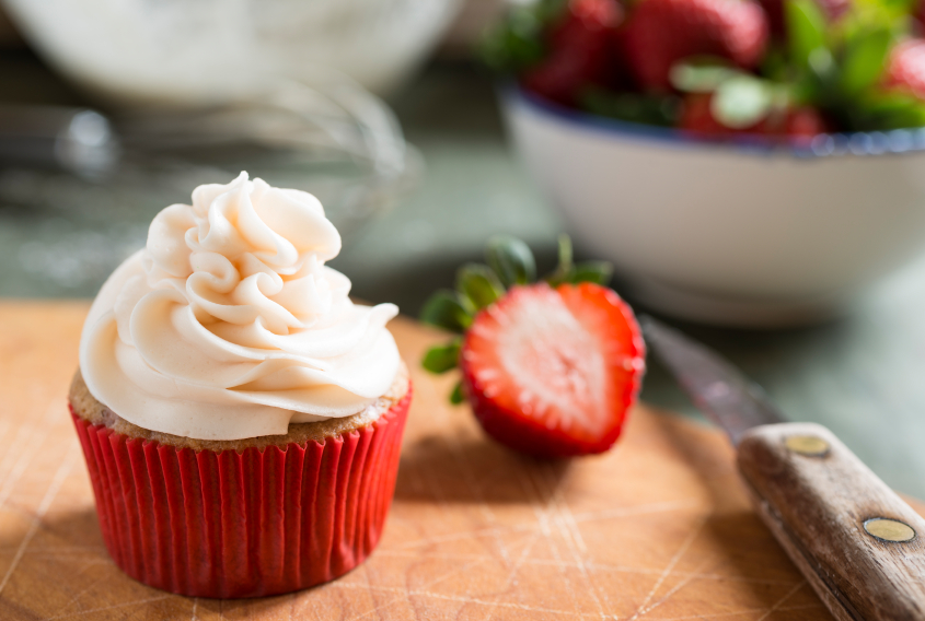 Strawberry Cupcake and Strawberries Horizontal