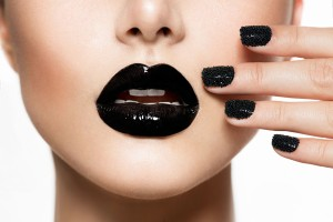 blacknails
