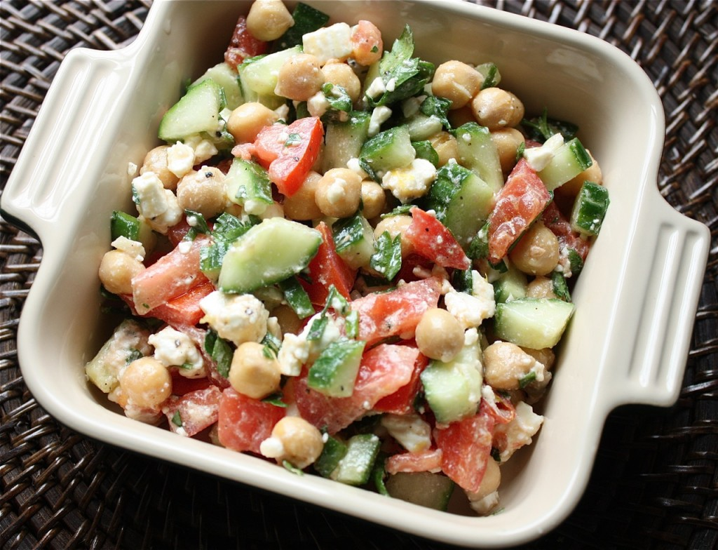 Cucumber-Tomato-and-Chickpea-Salad