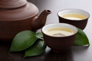 green tea in cups